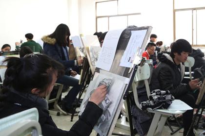 艺术考生因培训班自杀未遂 家人找律师起诉索赔16万