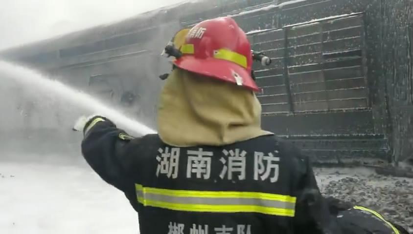 南郴州境内T179次列车脱轨 尚无人员遇难